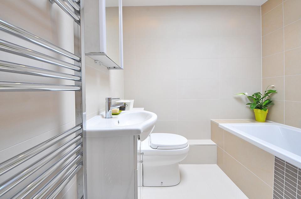 בידה יפני בחדר אמבטיה